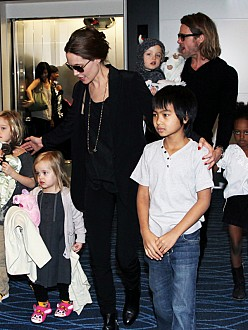 Angelina Jolie with Brad Pitt and their six children