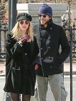 Bradley Cooper and Suki Waterhouse want kids together