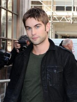Chace Crawford: Fame makes dating hard