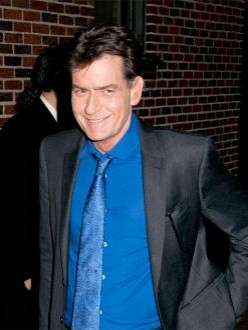 Charlie Sheen threatens to quit