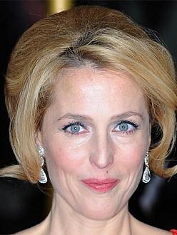 Gillian Anderson has crush on Ryan Gosling