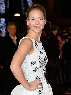 Jennifer Lawrence starstruck by Lorde set visit
