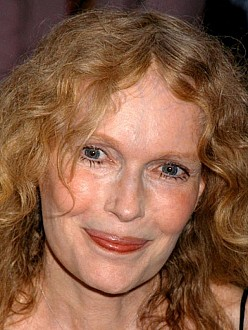 Mia Farrow criticizes Golden Globes tribute to Woody Allen