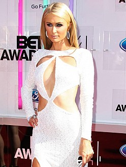 Paris Hilton attacked 'Baywatch' star?