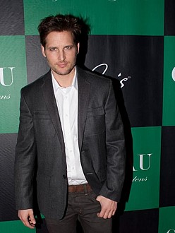 Peter Facinelli: I treat women with respect