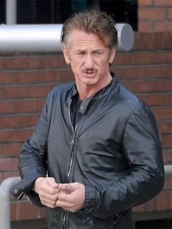 Sean Penn and Charlize spark romance rumors