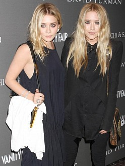 Ashley (left) and Mary-Kate (right) Olsen