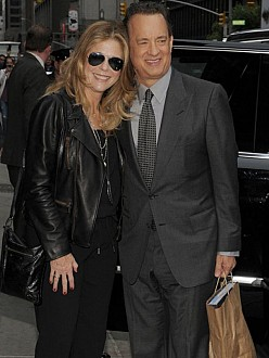 Tom Hanks with wife Rita Wilson who is now cancer free