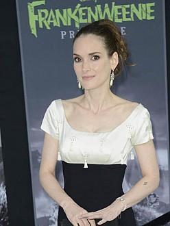 Winona Ryder wore $10 dress to Oscars