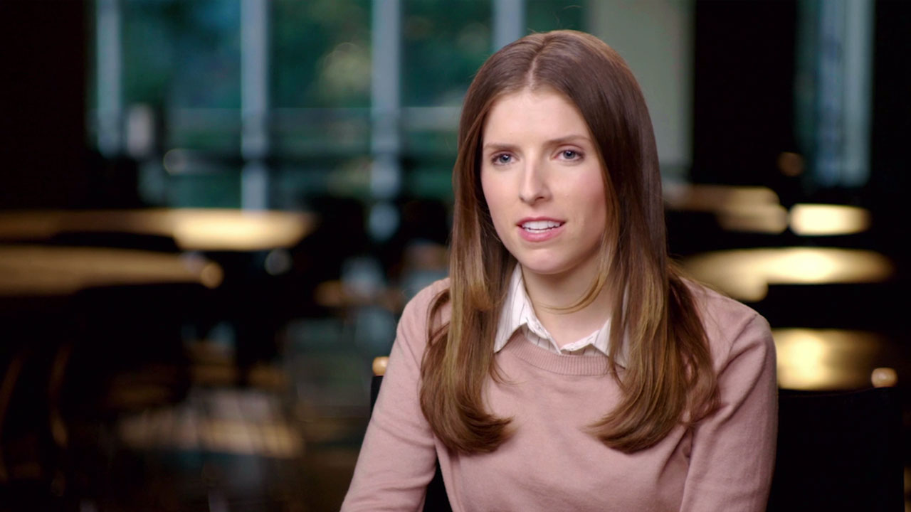 Anna Kendrick - The Accountant Interview (2016) | Movie Interview