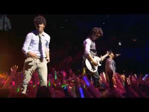 jonas-brothers-le-concert-en-3d Video Thumbnail