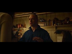 "Split Movie Clip - ""Walkie Talkie"" video"