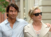 Romijn and O'Connell tie the knot