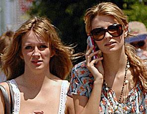 Hania Barton (left) and Mischa Barton