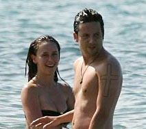 Jennifer Love Hewitt and Ross McCall in Hawaii