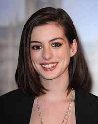 Anne Hathaway's diaries seized by FBI