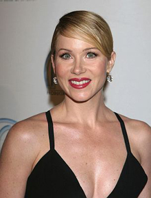 Christina Applegate cancer-free after double mastectomy