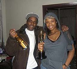 William Balfour and Jennifer Hudson with her Oscar in 2007
