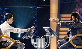 Dev Patel and Anil Kapoor in Slumdog Millionaire