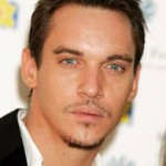 Jonathan Rhys-Meyers in drunken airport brawl