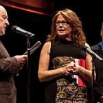Mary Walsh receives Dave Broadfoot award