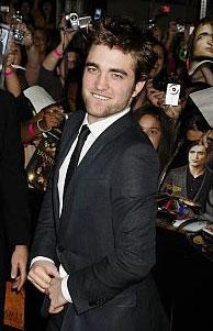 Robert Pattinson at the L.A. premiere November 16