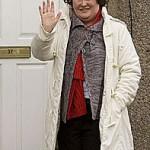 Susan Boyle surprises intruder