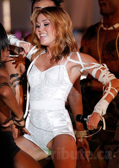 Miley Cyrus at the MMVAs © 2010 Reuters All rights reserved