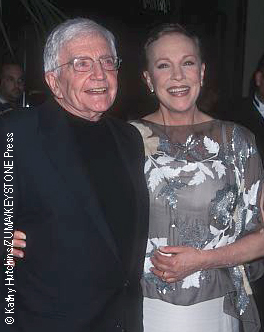 Blake Edwards and Julie Andrews in 2001