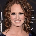 Oscar winner Melissa Leo to write tell all book