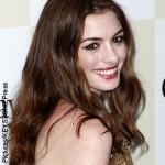 Anne Hathaway compares fame to cocaine