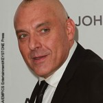 Tom Sizemore arrested on battery warrant