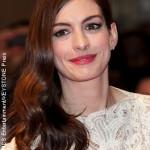 Anne Hathaway joins Les Miserables cast
