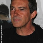 Antonio Banderas reveals he suffered a heart attack