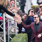 Ricky Gervais zings the Hollywood elite at the Golden Globes