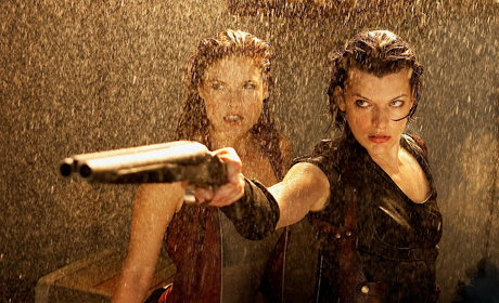 Resident Evil's Milla Jovovich struggles to regain her memory as to what her mission is, while fighting zombies and mutants before the T-Virus escapes.