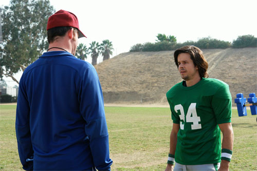 Drawing on some of the most popular sports films, The Comebacks follows the trials of a coach trying to make an all star team out of a group of misfits for the local school's new football team.