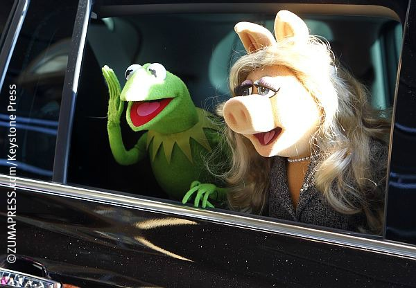 Kermit-the-Frog-and-Miss-Piggy.jpg