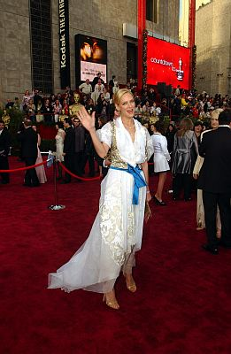 At the 76th Academy Awards, Uma Thurman showed up in a Christian Lacroix gown (if you can even call it that). It featured puffy white sleeves, an asymmetrical layered skirt, a golden vest, and a bright blue belt – kind of like a beer maid gone wrong. Photo: ©Fotos Intl. /ZUMA Press/KEYSTONE Press