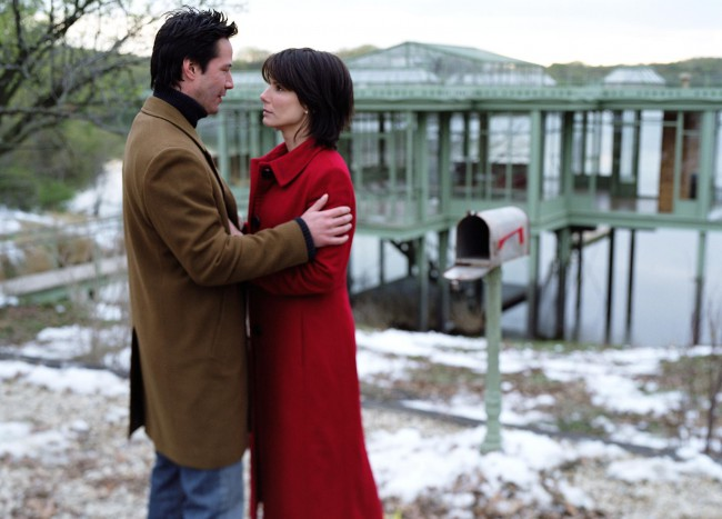 Alex Wyler (Keanu Reeves) and Kate Forster (Sandra Bullock) are two strangers who live in the same house, but in two different points in time. Alex, who is living in the house in 2004, and Kate, who lives there in 2006, begin to correspond by writing letters and placing them in the mailbox outside their […]