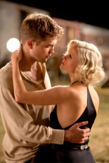 When Cornell veterinary medical student Jacob's (Robert Pattinson) parents are killed in a car accident, he finds his father left behind a huge debt. Jacob drops out of school and joins the Benzini Brothers Circus, where he meets and falls in love with Marlena (Reese Witherspoon).