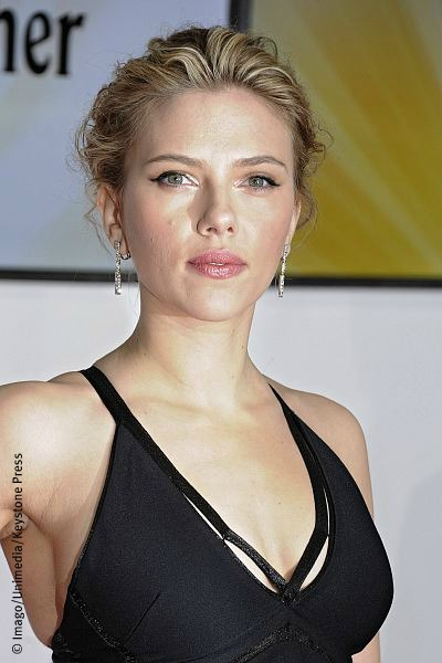 News Gossip Movie Discussion Scarlett Johansson joins new Hitchcock