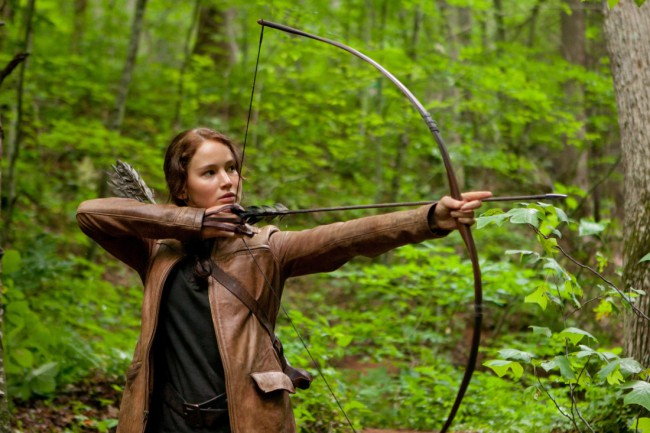 In a world set in the near future, Katniss Everdreen is entered into a battle to the death in order to save her younger sister. The only problem is that she will have to kill her friend Peeta, or be killed.