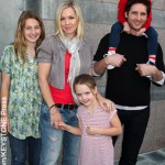 Twilight hunk getting divorce