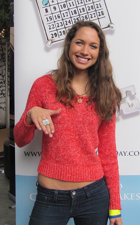 The gallery for --> Maiara Walsh Cory In The House