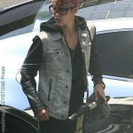 Justin Bieber caught speeding away from paparazzi