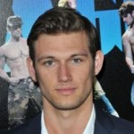 Alex Pettyfer gained 27lbs for Magic Mike