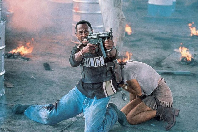 When a case of stolen evidence turns into murder, Miami Policemen Marcus Burnett (Martin Lawrence) and Mike Lowery (Will Smith) have 72 hours to find $100 million dollars worth of heroin before Internal Affairs steps in. Mike asks his friend Maxine, a stripper, to help, but when she ends up dead and her friend Julie […]