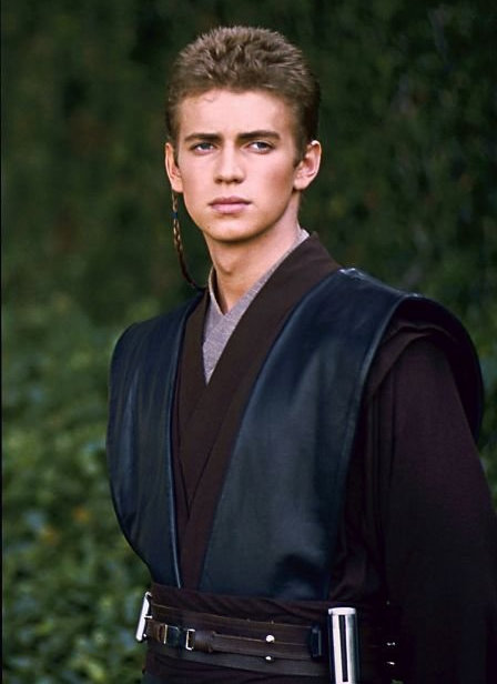 "This Star Wars hunk has travelled all over the galaxy, but to this day he still calls Canada home, residing mainly in a suburb of Toronto. A former Canadian Open ""ball boy,"" he grew up in Markham, Ontario, but was born in Vancouver, B.C., getting his first big role on FOX Family's Higher Ground."