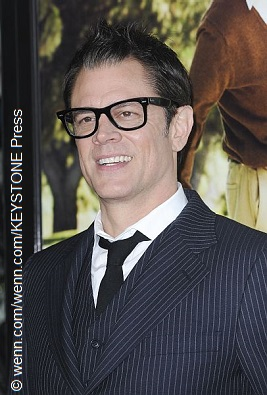 johnny knoxville discovers his incestuous lineage celebrity gossip